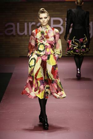 Показ Laura Biagiotti коллекции сезона Осень-зима 2009-2010 года prêt-à-porter - www.elle.ru - Подиум - фото 96239