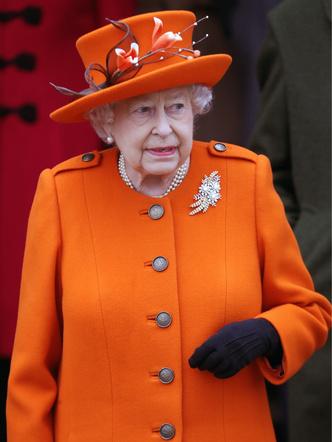 Елизавета II считает, что Меган Маркл не вписывается в дворцовый этикет (фото 4)