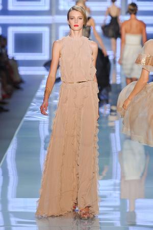 Показ Christian Dior коллекции сезона Весна-лето 2012 года prêt-à-porter - www.elle.ru - Подиум - фото 310563
