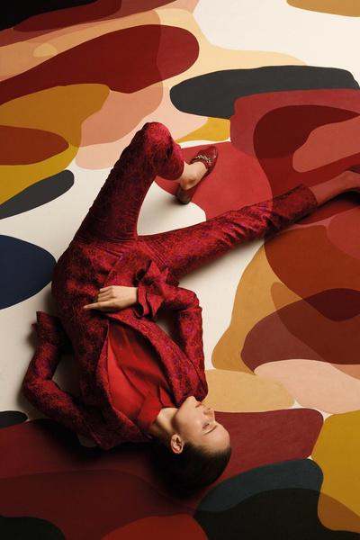 Uterque представили арт-проект с художницей Клаудией Валселс | галерея [1] фото [1]