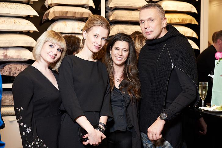 Выставка Елены Сотниковой в бутике Togas (фото 10)