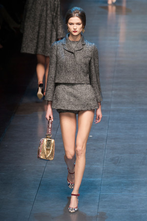 Показ Dolce & Gabbana коллекции сезона Осень-зима 2013-2014 года Prêt-à-porter - www.elle.ru - Подиум - фото 524903