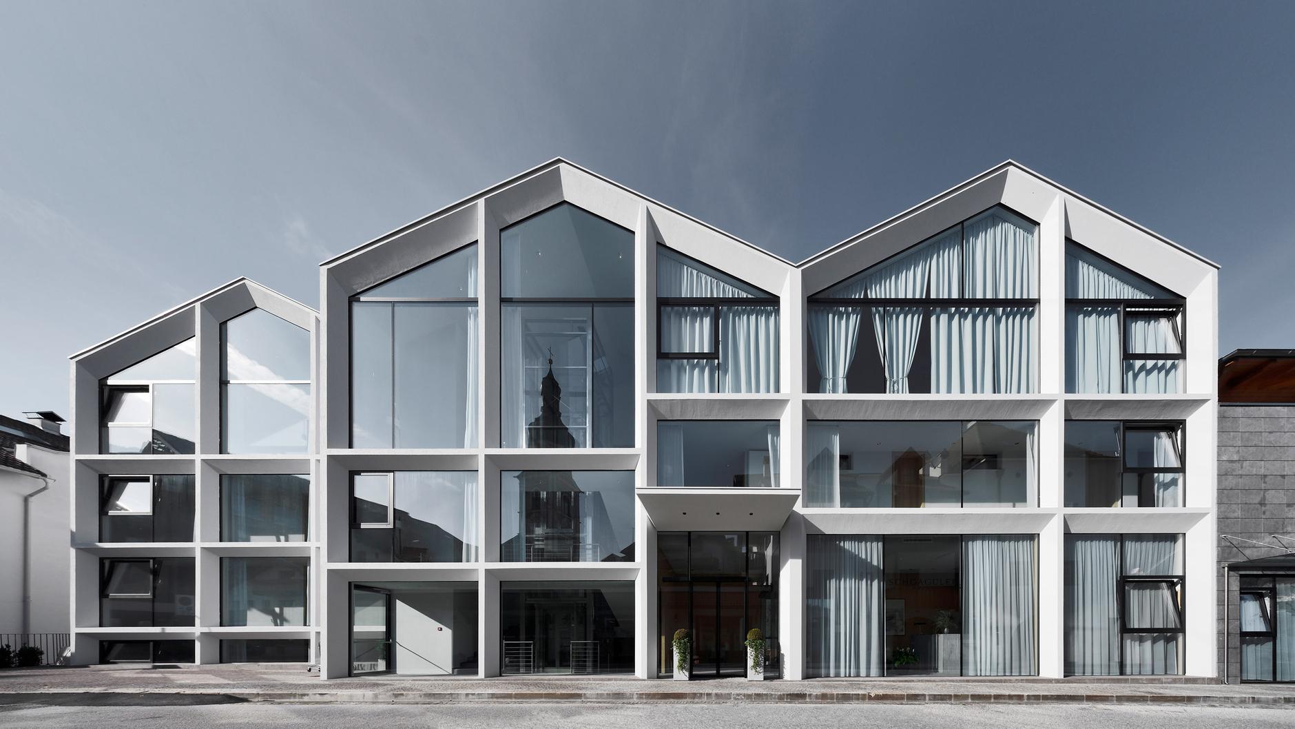Жилец вершин: минималистский отель в Доломитах (галерея 6, фото 1)