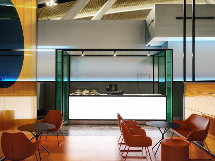 Бизнес-зал аэропорта «Платов» по проекту VOX Architects (фото 6)