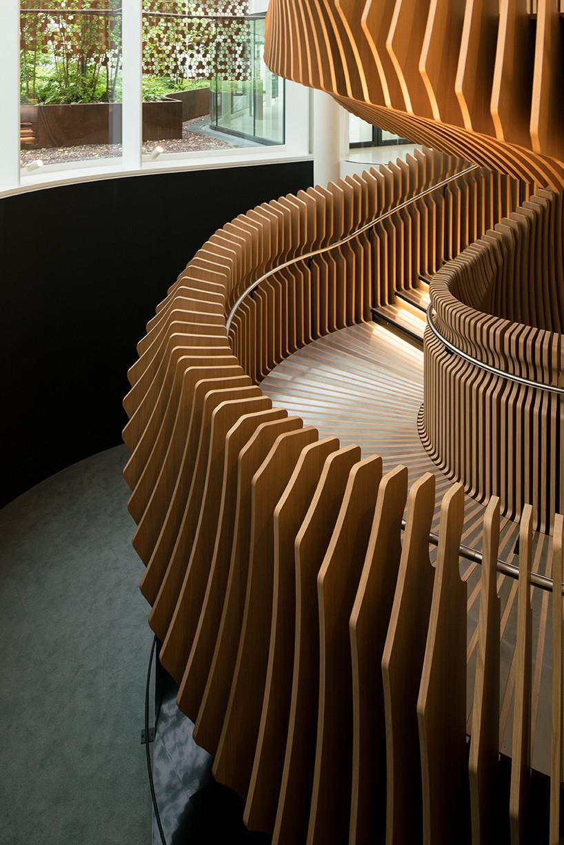 Топ-10: самые необычные дизайнерские лестницы | галерея [1] фото [6]