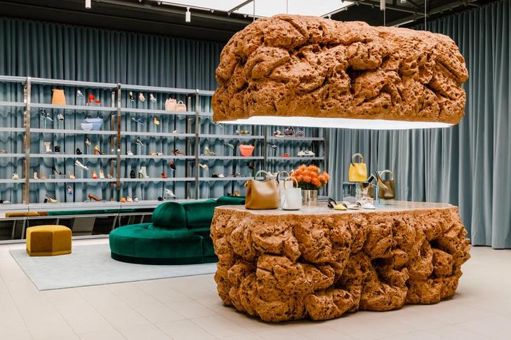Яркий и необычный бутик по проекту Snarkitecture (фото 2)