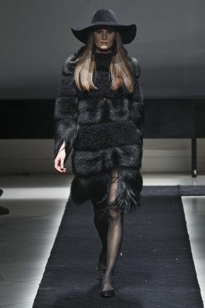 Показы мод Simonetta Ravizza Осень-зима 2011-2012 | Подиум на ELLE - Подиум - фото 2253