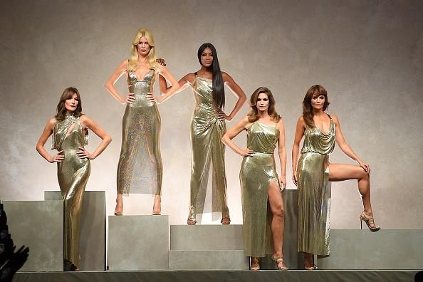 Кайя Гербер, Наоми Кэмпбелл и Джиджи Хадид в новой рекламной кампании Versace (фото 1)