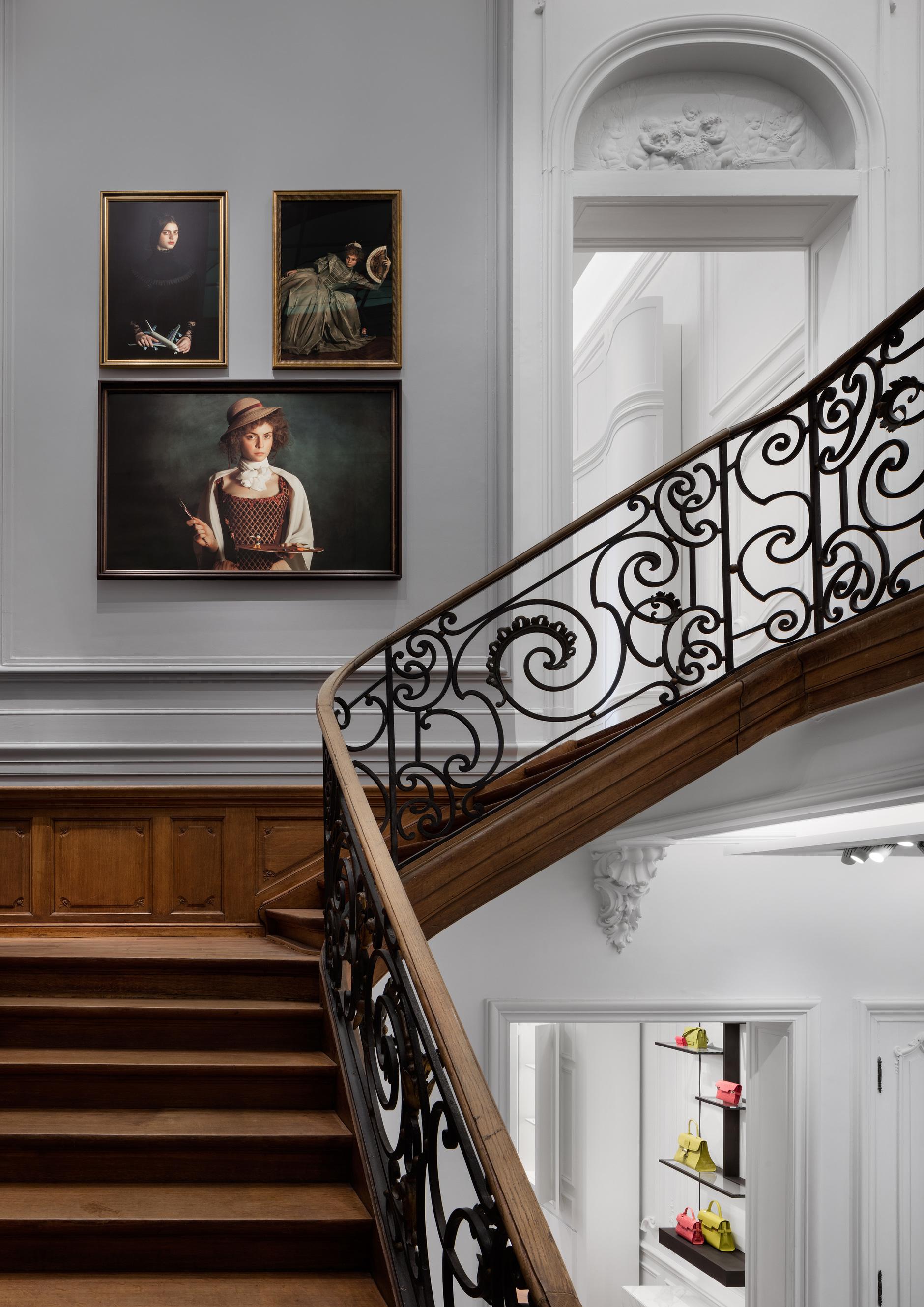 Бутик Delvaux в Брюсселе: современный дизайн в историческом здании (галерея 2, фото 0)