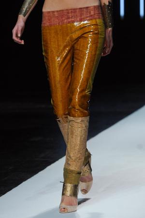 Показ Maxime Simoens коллекции сезона Весна-лето 2012 года Haute couture - www.elle.ru - Подиум - фото 333599