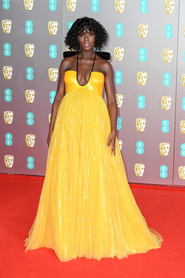 Самое яркое платье церемонии BAFTA: Джоди Тёрнер-Смит в Gucci (фото 3)