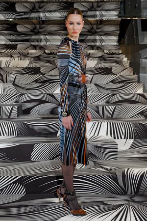 Показы мод Vionnet Осень-зима 2011-2012 | Подиум на ELLE - Подиум - фото 2161