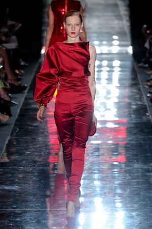 Показ Alexander Vauthier коллекции сезона Осень-зима 2011-2012 года haute couture - www.elle.ru - Подиум - фото 278102