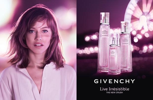 Givenchy представили новый аромат Live Irrésistible Blossom Crush (фото 1)