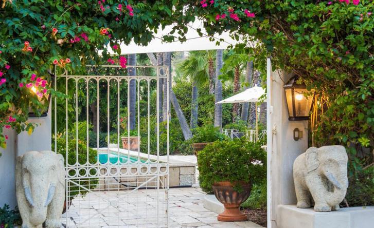Кети Перри расстается с домом в Лос-Анджелесе фото [16]