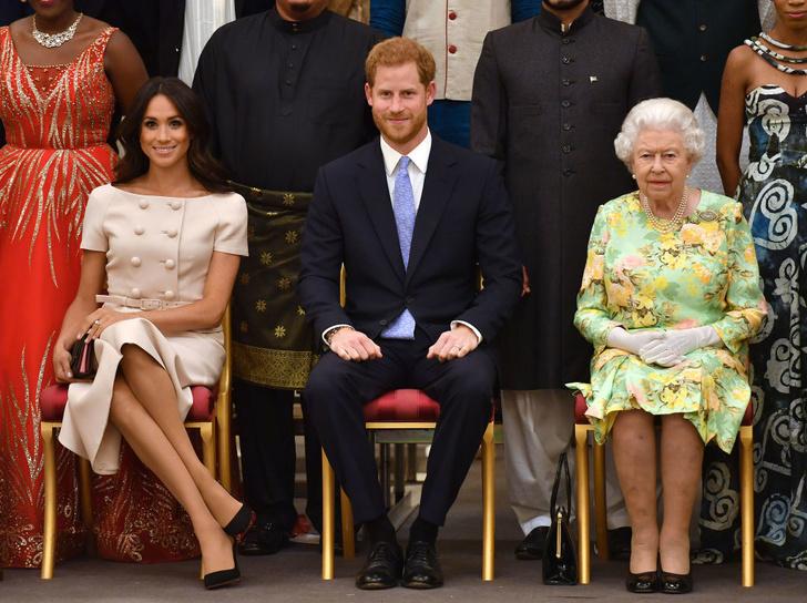 Прощай, королева: лучшие выходы Меган Маркл в качестве члена монаршей семьи (фото 16)
