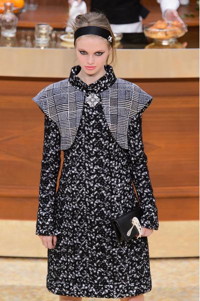 Главные тренды осень-зима 2015 | галерея [1] фото [7] Chanel