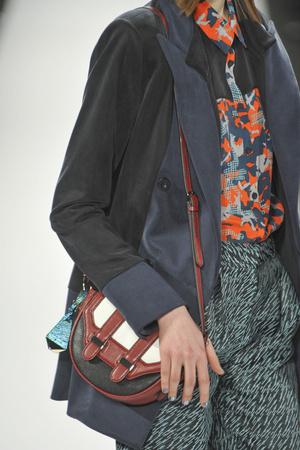 Показ Rebecca Minkoff коллекции сезона Осень-зима 2013-2014 года Prêt-à-porter - www.elle.ru - Подиум - фото 485969