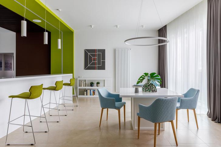 Геометрия и минимализм: квартира 210 м² в Москве (фото 3)