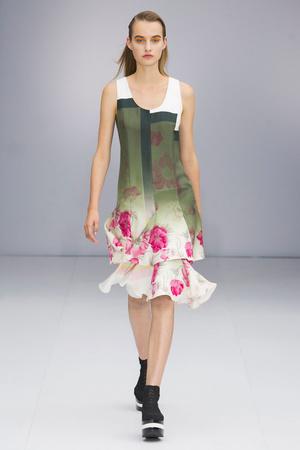 Показы мод Salvatore Ferragamo Весна-лето  2017 | Подиум на ELLE - Подиум - фото 4679