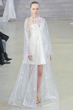 Показ Alexis Mabille коллекции сезона Весна-лето 2011 года haute couture - www.elle.ru - Подиум - фото 214837