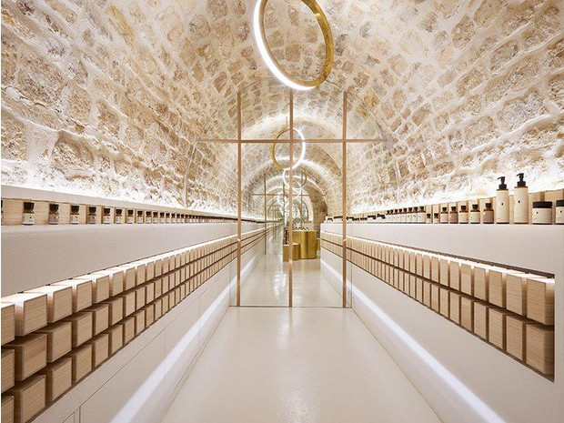 Сияние золота: салон красоты и бутик в Париже (фото 9)