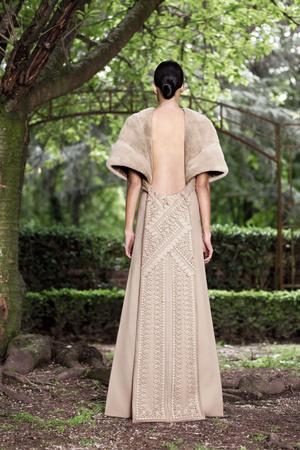 Показ Givenchy коллекции сезона Осень-зима 2012-2013 года Haute couture - www.elle.ru - Подиум - фото 404586