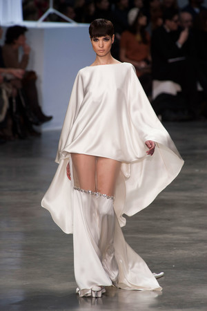 Показ Stephane Rolland коллекции сезона Весна-лето 2013 года haute couture - www.elle.ru - Подиум - фото 479752
