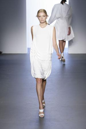 Показ Calvin Klein коллекции сезона Весна-лето 2009 года prêt-à-porter - www.elle.ru - Подиум - фото 72253