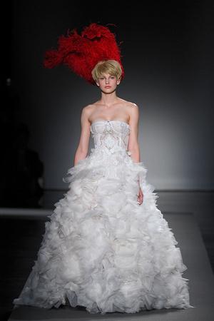 Показ Christophe Josse коллекции сезона Осень-зима 2011-2012 года Haute couture - www.elle.ru - Подиум - фото 276968