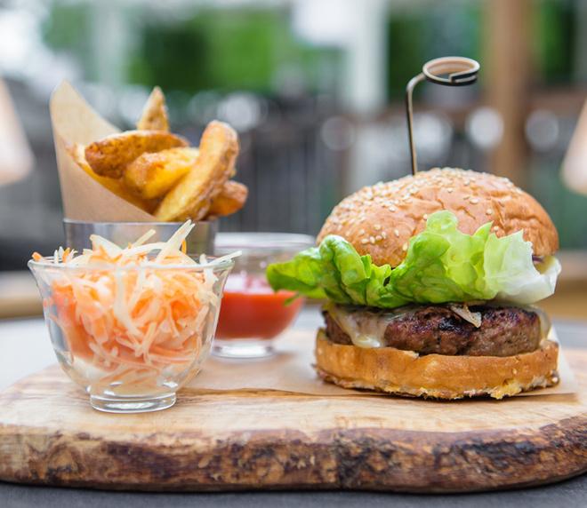 Embassy Чизбургер