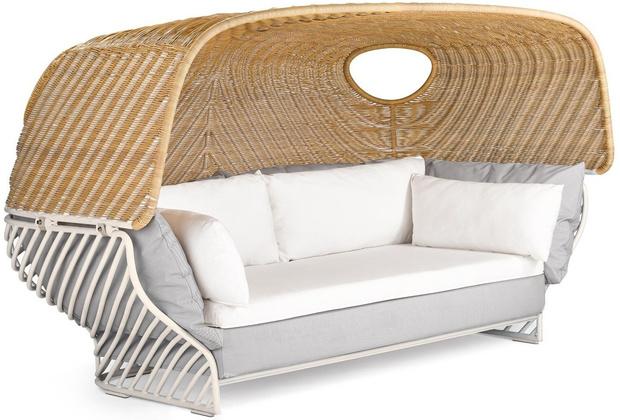 Сон в летнюю ночь. Кровати и лежанки с навесами (фото 8)