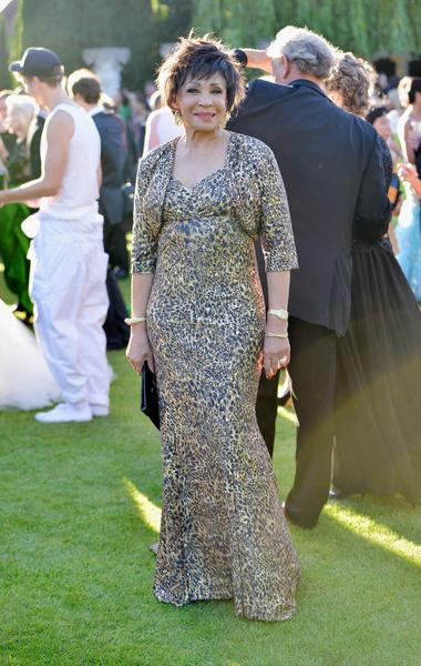 Dame Shirley Bassey wearing Chopard