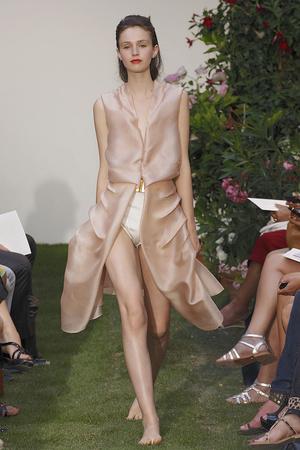 Показ Maison Rabih коллекции сезона Осень-зима 2010-2011 года haute couture - www.elle.ru - Подиум - фото 168213