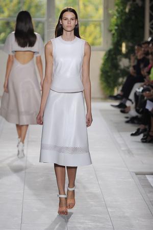 Показы мод Balenciaga Весна-лето 2014 | Подиум на ELLE - Подиум - фото 3651