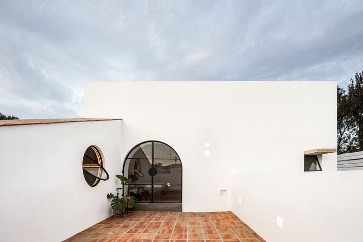Less is More: минималистский дом в Мексике (фото 4)