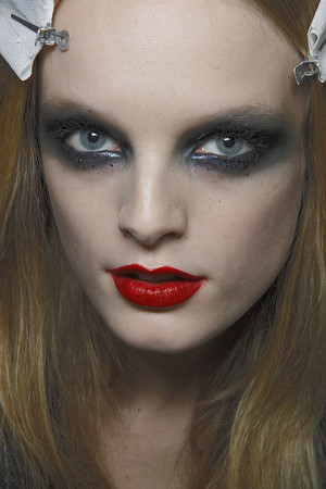 Показ Givenchy коллекции сезона Весна-лето 2010 года Haute couture - www.elle.ru - Подиум - фото 138512