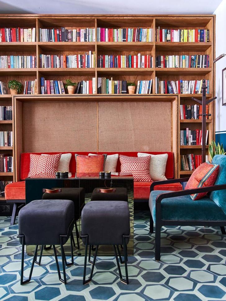 Чай и книги: бар Тильды Суинтон в Лондоне (фото 0)
