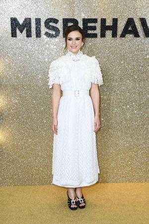 Женственная Кира Найтли в кружевном платье Chanel на кинопремьере (фото 1.1)