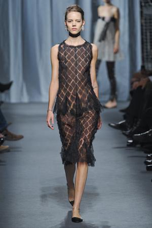Показ  коллекции сезона Весна-лето 2011 года haute couture - www.elle.ru - Подиум - фото 215721