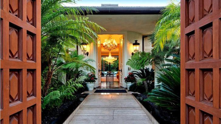 Фронтмен Maroon 5 Адам Левин продает два роскошных дома в Лос-Анжелесе фото [12]