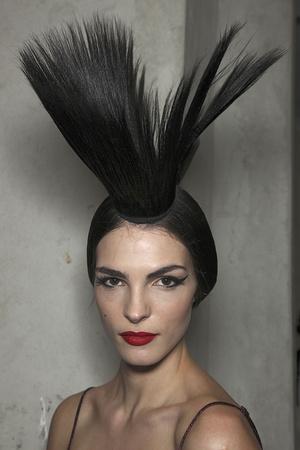 Показ Jean Paul Gaultier коллекции сезона Весна-лето 2011 года Haute couture - www.elle.ru - Подиум - фото 218179