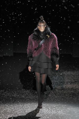 Показ Chapurin коллекции сезона Осень-зима 2010-2011 года prêt-à-porter - www.elle.ru - Подиум - фото 155888