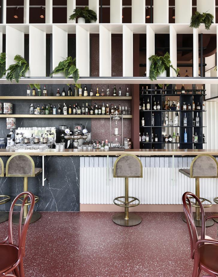 Терраццо и бархат: бистро-бар в Греции (фото 2)