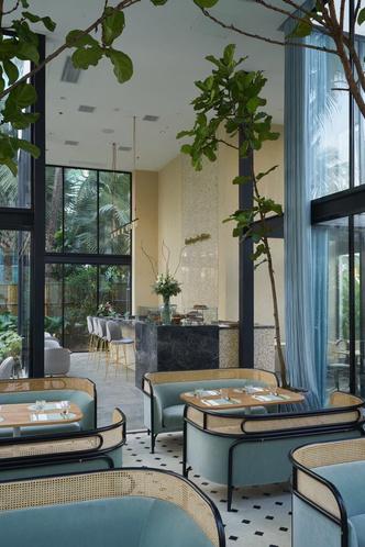Дом из стекла: ресторан по дизайну Gamfratesi в Маниле (фото 3.1)