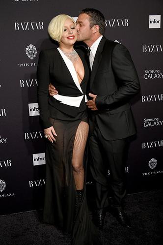 Леди Гага впервые рассказала о расставании с Тейлором Кинни фото [2]