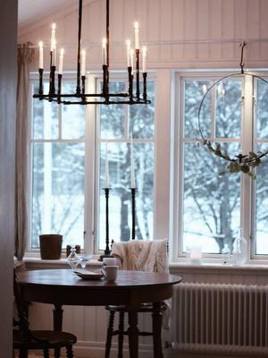 Как правильно украшать интерьер свечами? 10 главных правил и лучших идей (фото 6)