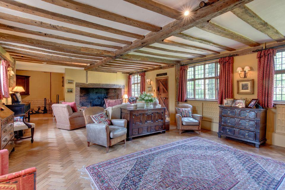 Новый дом Кита Харингтона в английской глубинке | галерея [1] фото [16]