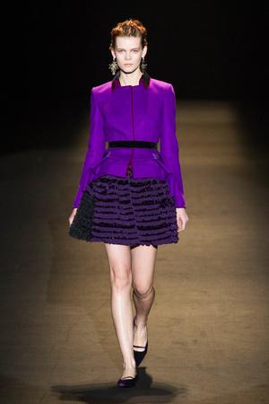 Показы мод Alberta Ferretti Осень-зима 2013-2014 | Подиум на ELLE - Подиум - фото 726
