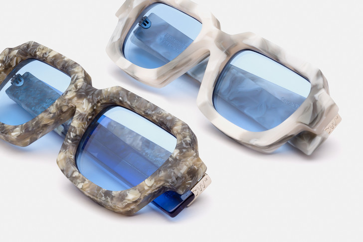 Аксессуар на лето: мраморные солнцезащитные очки A-COLD-WALL* x RSF (фото 1)
